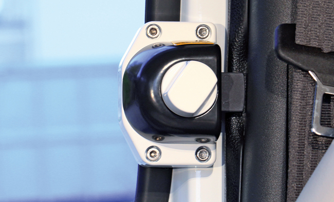 Security lock for cabin doors:  Renault Master & Opel Movano – constructed between 2000-2010 and Iveco Daily – constructed 2000-2014