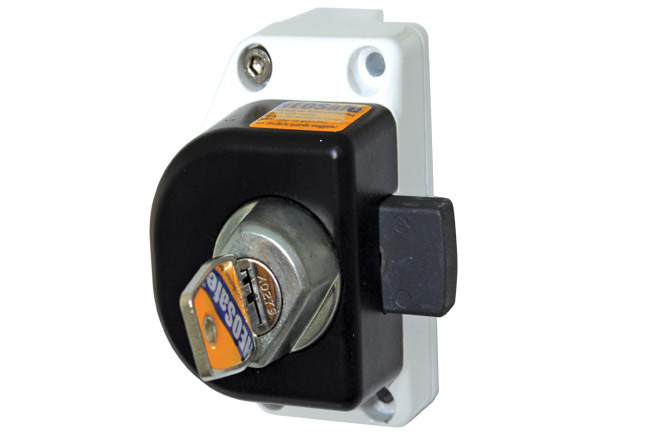 Security lock for cabin doors:  Renault Master & Opel Movano – constructed between 2000-2010 and Iveco Daily 2000-2014